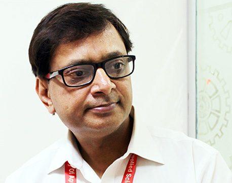 Dr. Ashish Bansal