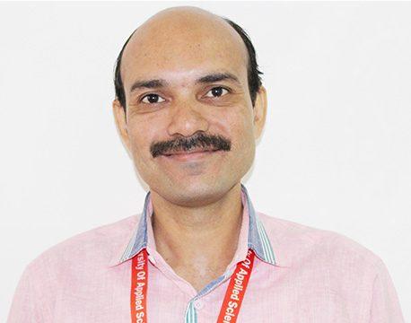 Dr. Satyendra Sharma