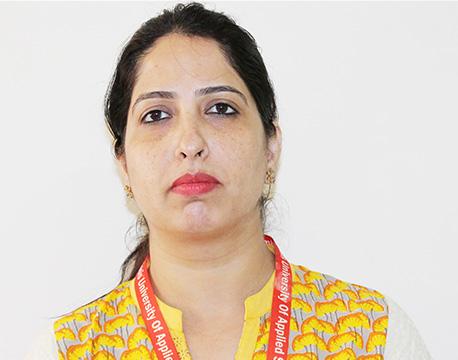 Dr. Simranjeet Kaur Sandhar – Assistant Professor, School of Banking Financial Services