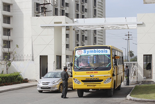 Symbiosis-Indore-Bus-Checking