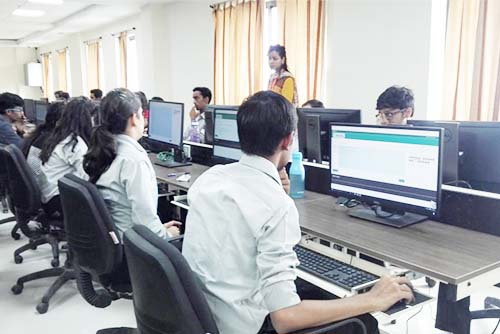 Computer Workstation at Symbiosis Indore