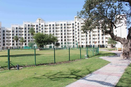 Symbiosis-Indore-Hostel-Campus-Ground2